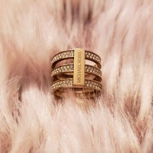 Michael Kors Triple Band Gold Ring sz 7